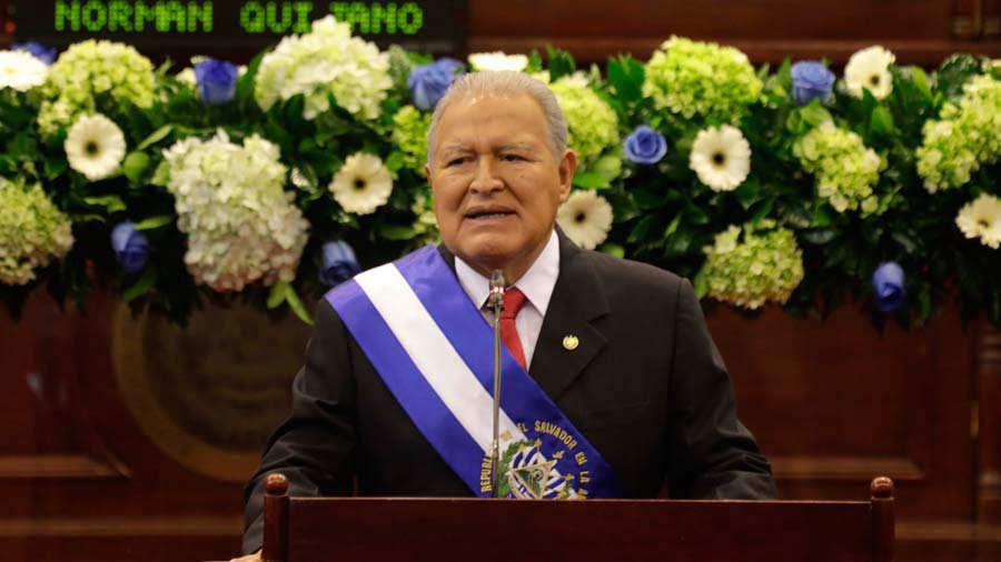 Taiwan dice, tras perder a El Salvador como aliado, China 'está fuera de control' (es.reuters.com)