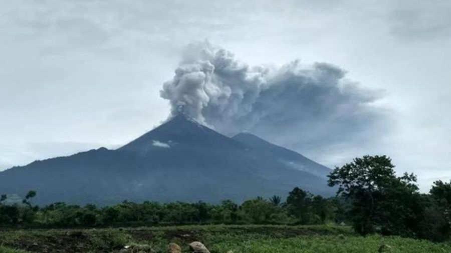 Volcán de Fuego entra en erupción por segunda vez en 2018