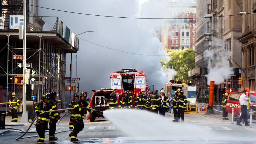 Explotó una tubería de vapor en la 5ª Avenida de Nueva York
