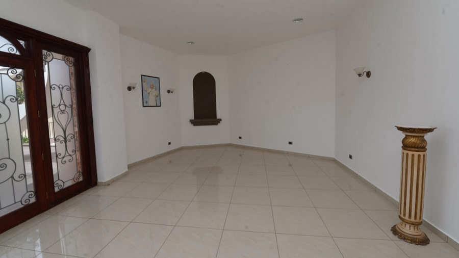 Residencia-Antonio-Saca_02