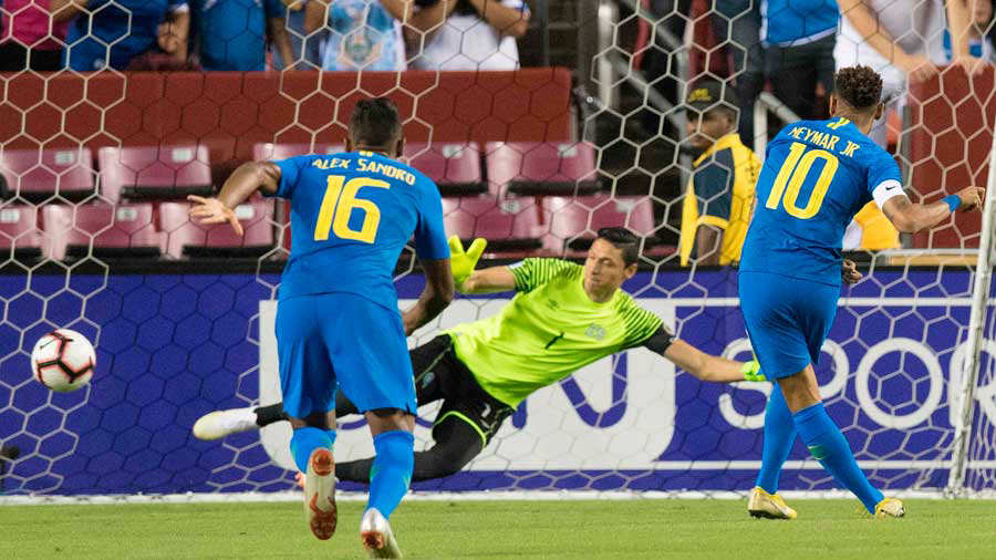 11-9-2018 - Amistoso El Salvador 0 Brasil 5. Brasil-El-Salvador