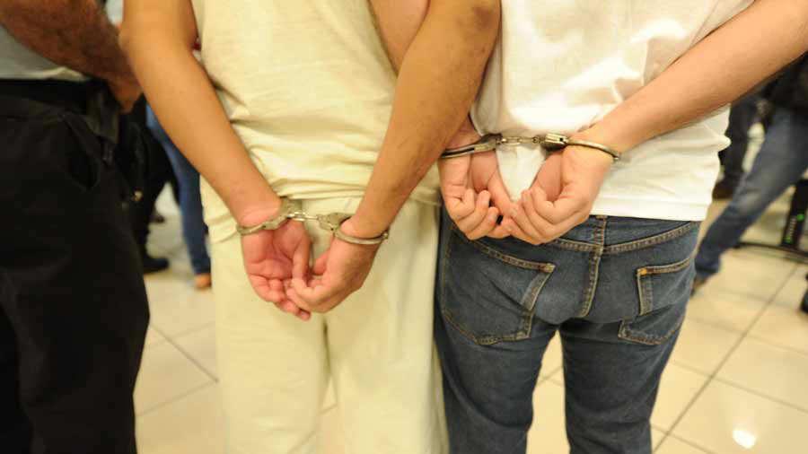 La policía detiene en Soyapango dos palabreros MS13.