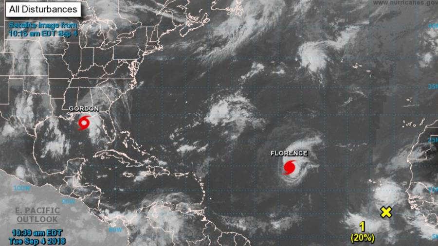 Huracán Florence alcanza categoría 4 en el Atlántico