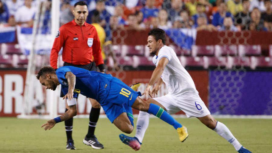 11-9-2018 - Amistoso El Salvador 0 Brasil 5. Neymar2