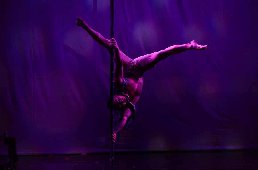 Nina Zamora - Escuela Pole Dance