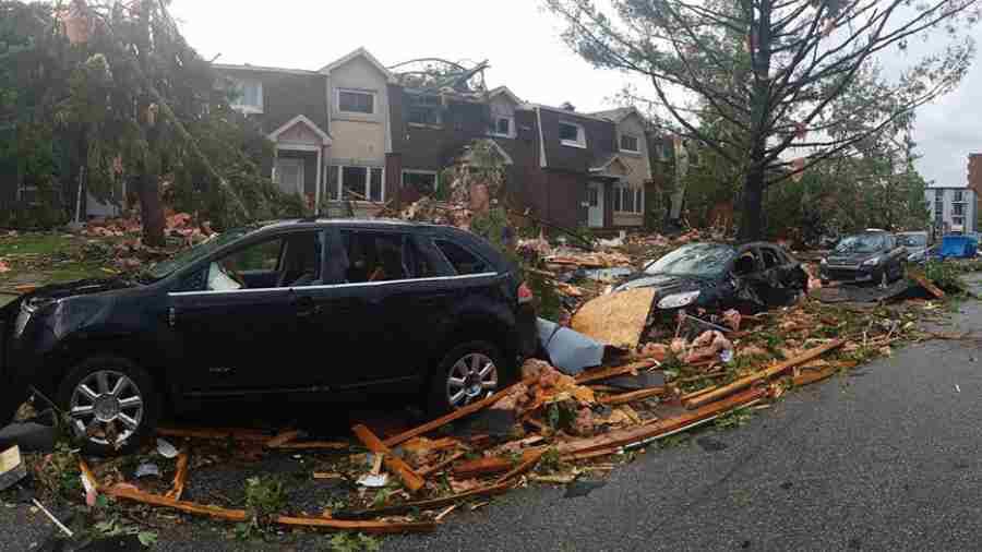 Arrasa tornado con todo a su paso en Otawa