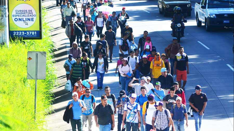 Entre la caravana de migrantes hay pandilleros, dice Trump