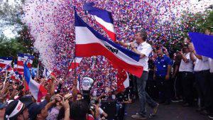 Multitudinario lanzamiento de la campaña presidencial de Carlos Calleja en Izalco