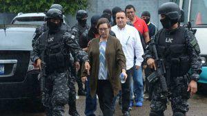 Vinculados al caso del exfiscal Luis Martínez fueron llevados a los juzgados