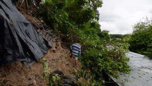 Derrumbe el la comunidad 3 de enero en Soyapango. Foto EDH/ Francisco Campos