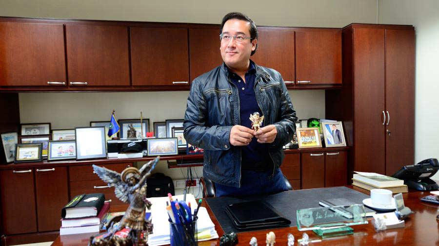 Exfiscal Luis Martínez es intimado por nuevos delitos en el caso