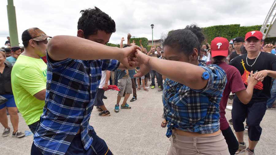 Equipo de protecciÛn civil viaja a Guatemala para apoyar retorno de hondureÒos