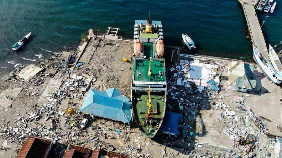 Indonesia destrucción