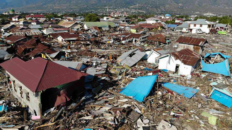 Aumentan a 1.234 los muertos por el tsunami en Indonesia