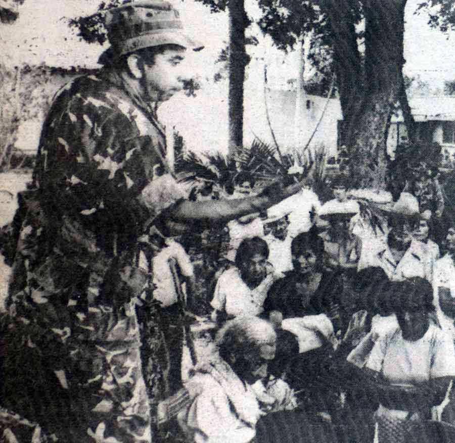 El coronel Domingo Monterrosa en una imagen sin fecha en Tenancingo, Cuscatlán.