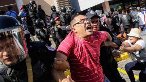 """Policía orteguista arresta a participantes de marchas """"Unidos por la libertad"""""""