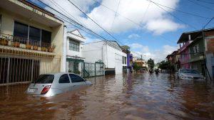 """""""Emergencia extraordinaria"""" en México por llegada de huracán Willa"""