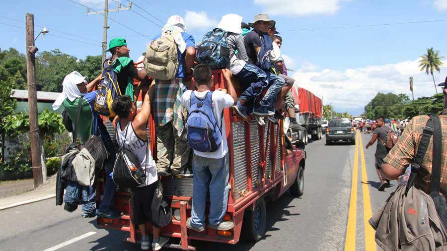 Trump advierte que su Gobierno no aceptar· a la caravana de inmigrantes