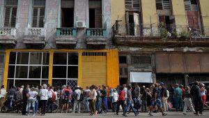 Falta de harina complica abastecimiento de pan en Cuba