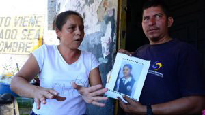 Familiares buscan desesperados a la joven Fátima Torres