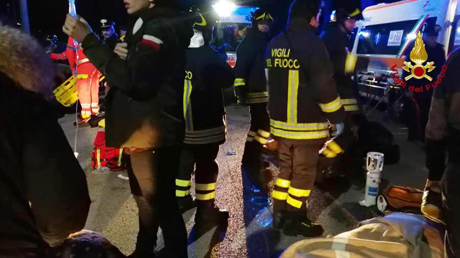 Italy: nightclub stampede kills 6 and injures more than 100