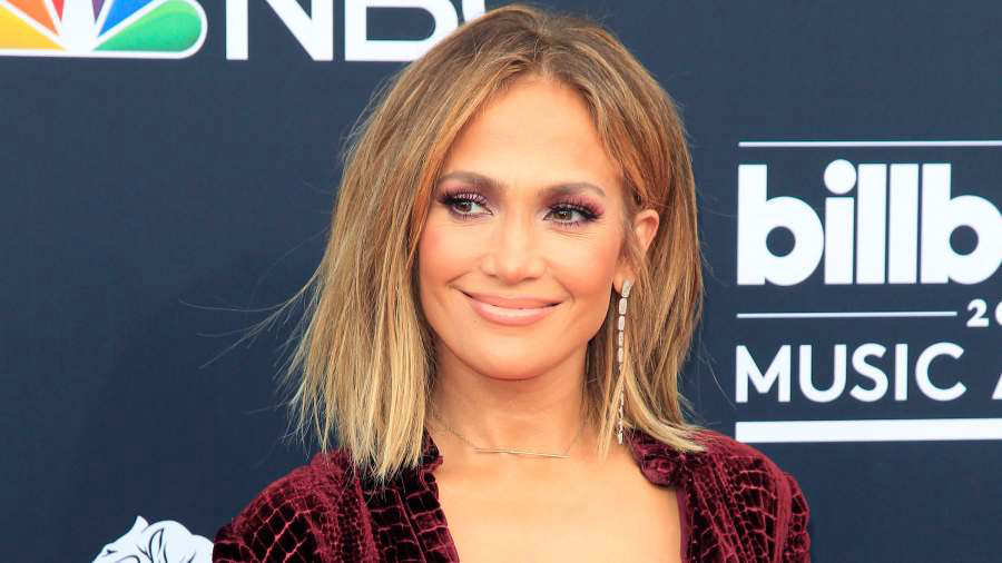 Jennifer Lopez luce transparencia que te dejará impactado