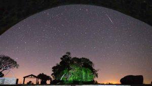 La espectacular lluvia de estrellas captada desde el volcán de Conchagua en La Unión