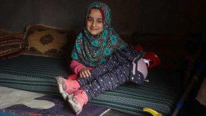 Las imágenes que cambiaron la vida a una niña en un campamento de refugiados