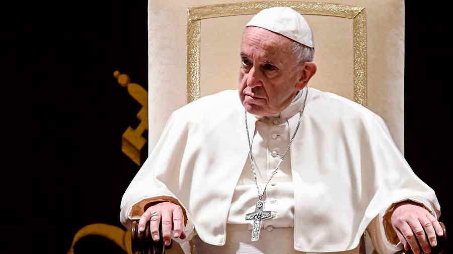 Frases Del Papa Francisco De La Navidad.Papa Francisco Es Mejor No Ir A La Iglesia Que Hacerlo Y