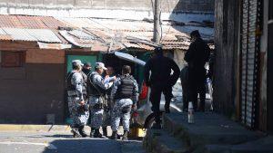 Policías se enfrentan tiros con delincuentes en Soyapango
