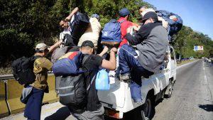Nueva caravana de migrantes parte de El Salvador hacia Estados Unidos