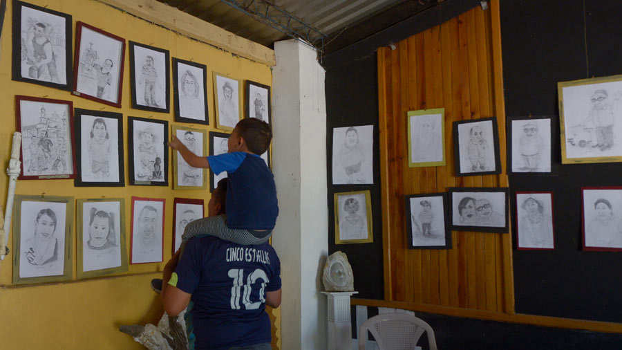 Caricaturista  de  Tonacatepeque ,Beto