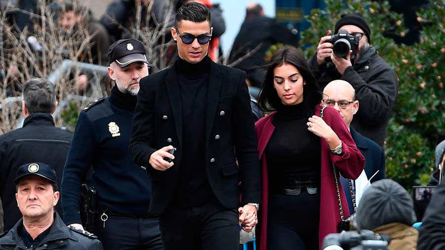 Juventus' forward and former Real Madrid player Cristiano Ronaldo lea