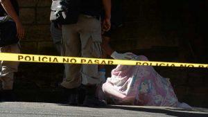Cadáver de joven fue encontrado envuelto en una sábana en Agua Caliente