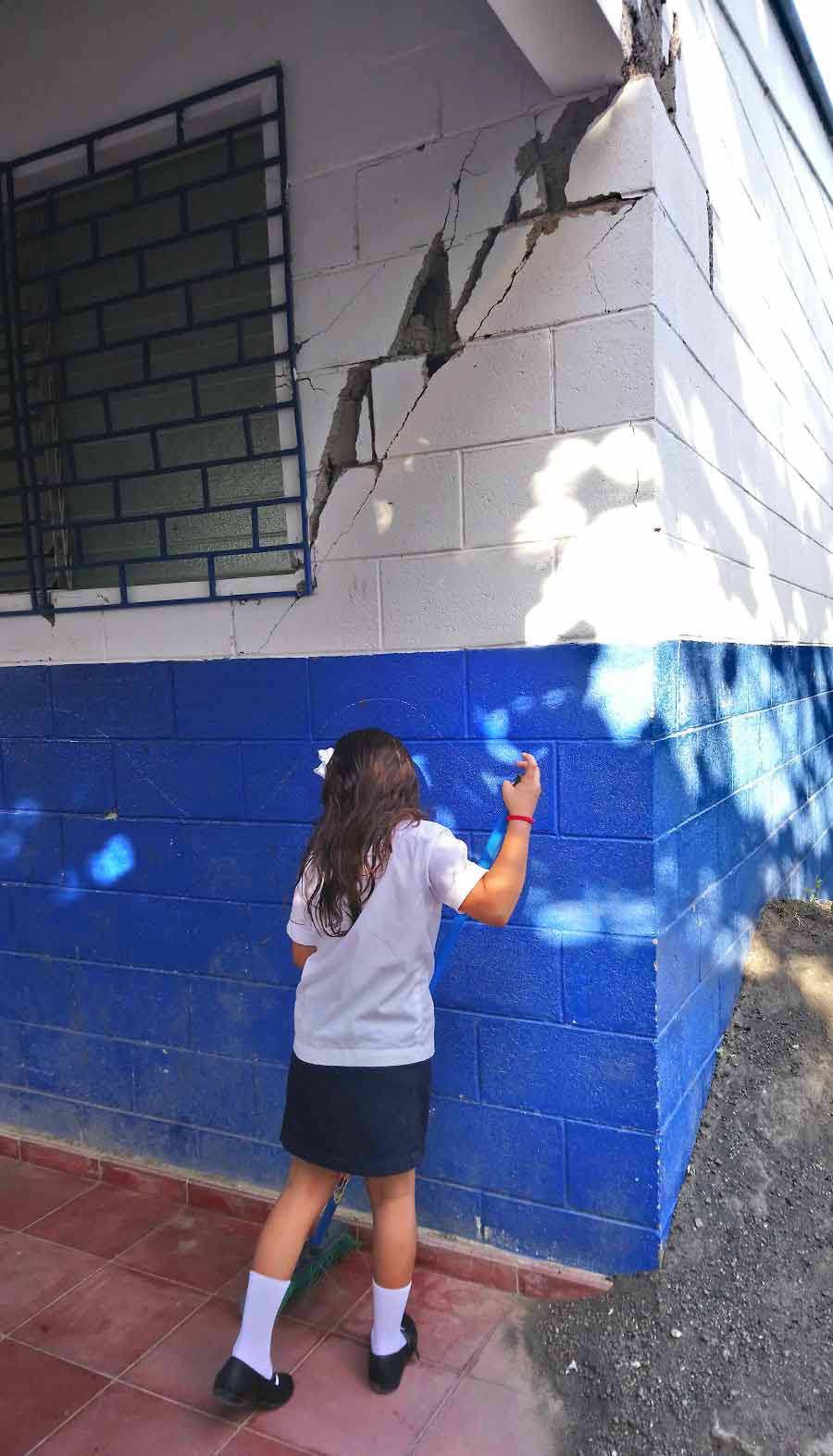 Escuela-Los-Conejos_02