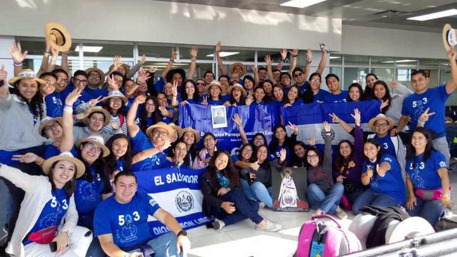 Salvadorenos Intercambian Culturas En Ruta Hacia La Jornada Mundial