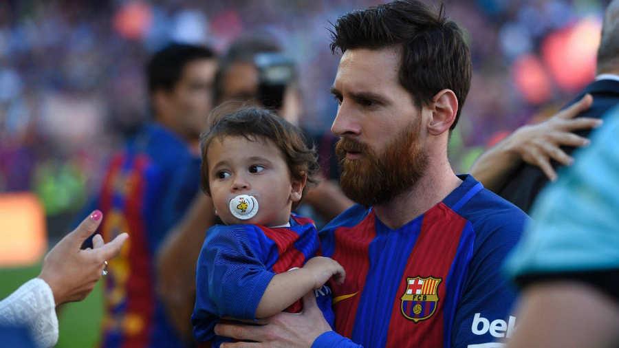 El hijo de Messi ya es todo un rockstar