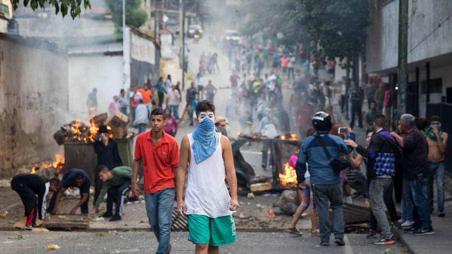 Fuerza Armada venezolana dice que grupo insurrecto fue