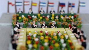 La historia del inicio de la paz de El Salvador en miniatura