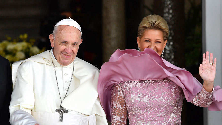 Papa Francisco se re˙ne con los obispos de los siete paÌses de AmÈrica Central