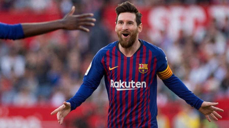 El delantero argentino de Barcelona Lionel Messi celebra después de marcar  un gol durante el partido de fútbol de la liga española entre el Sevilla FC  y el ... 60e3714a084c1