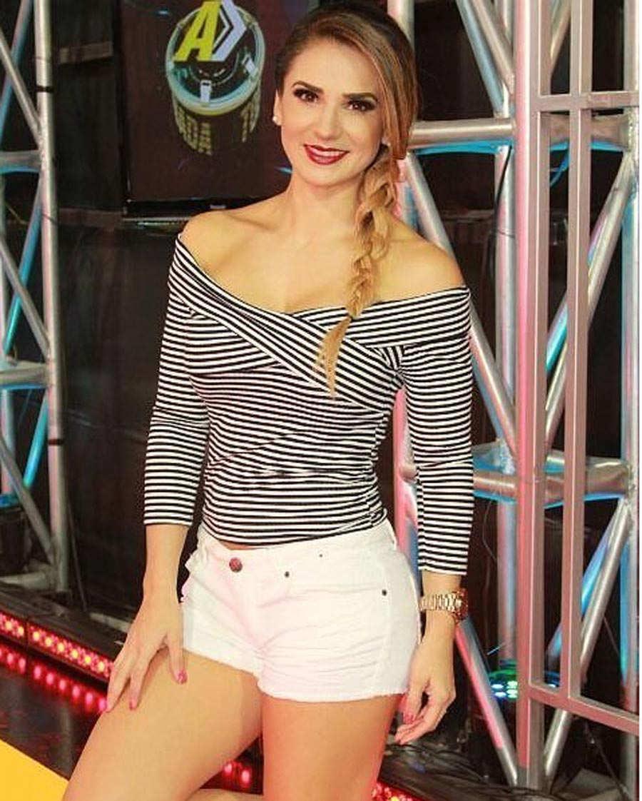Nuevos-rostros-Viva-la-mañana-Raquel-Vargas-03