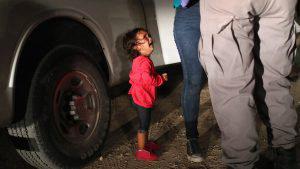 ¿Qué pasó con la niña que se convirtió en ícono migrante a través de una fotografía?