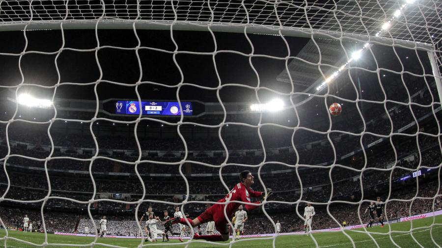 La UEFA, transparente: explica las tres polémicas del VAR en la Champions