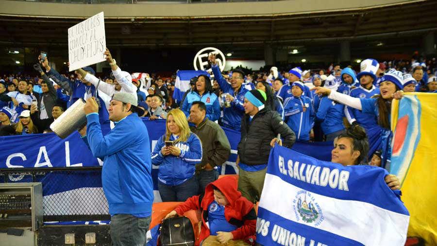 26-3-2019 - Amistoso El Salvador 2 Peru 0. El-Salvador-Peru-3