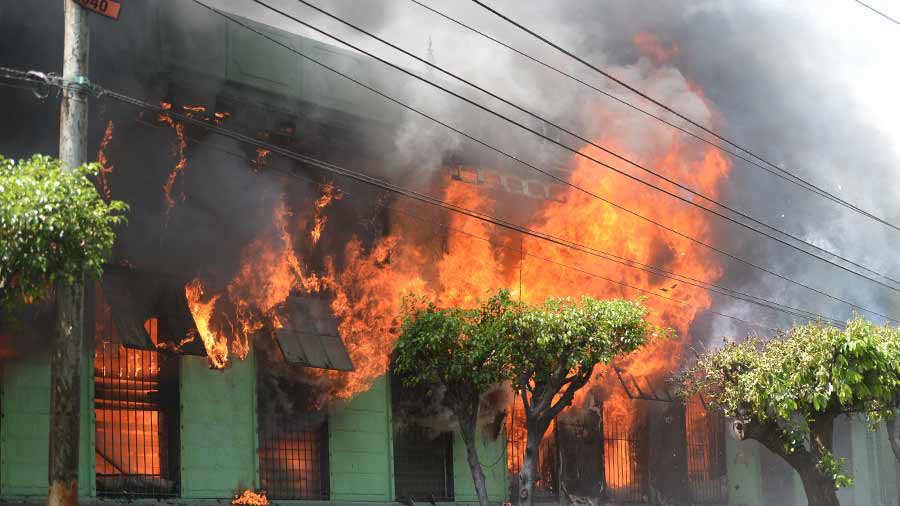 Incendio-guarderia_09