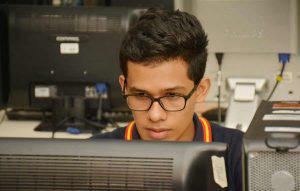 Jeremías Aguilar, el estudiante de biología que ganó medalla de oro en Londres al competir ante 10 mil estudiantes