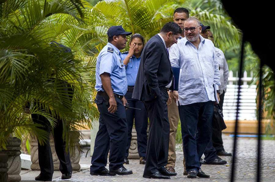 CINCO EXMANDATARIOS LATINOAMERICANOS EN NICARAGUA PARA PRESENCIAR LOS COMICIOS GENERALES