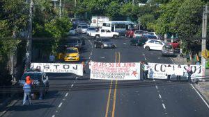 Sindicatos retoman jornada de protestas en instituciones públicas