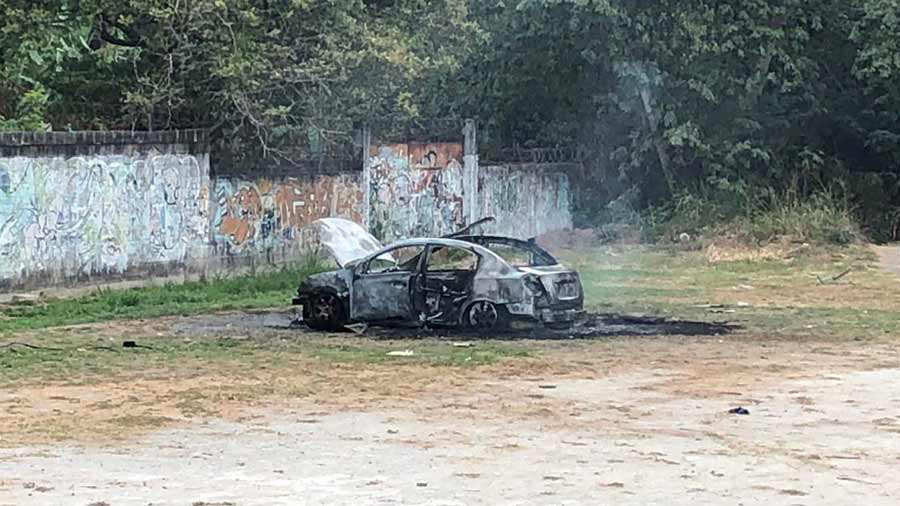 Explosion-carro_04